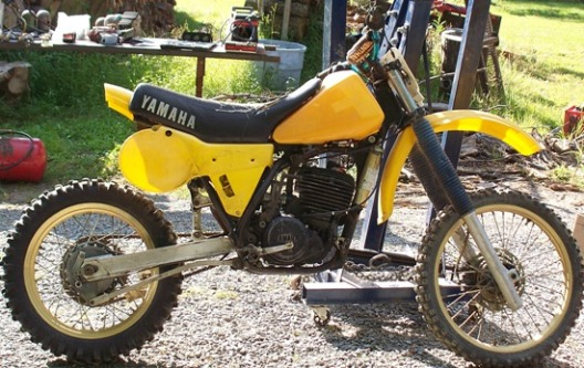 1984 Yamaha YZ490 dirt bike
